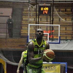 Elías durante esta pasada campaña con el Albacete Basket